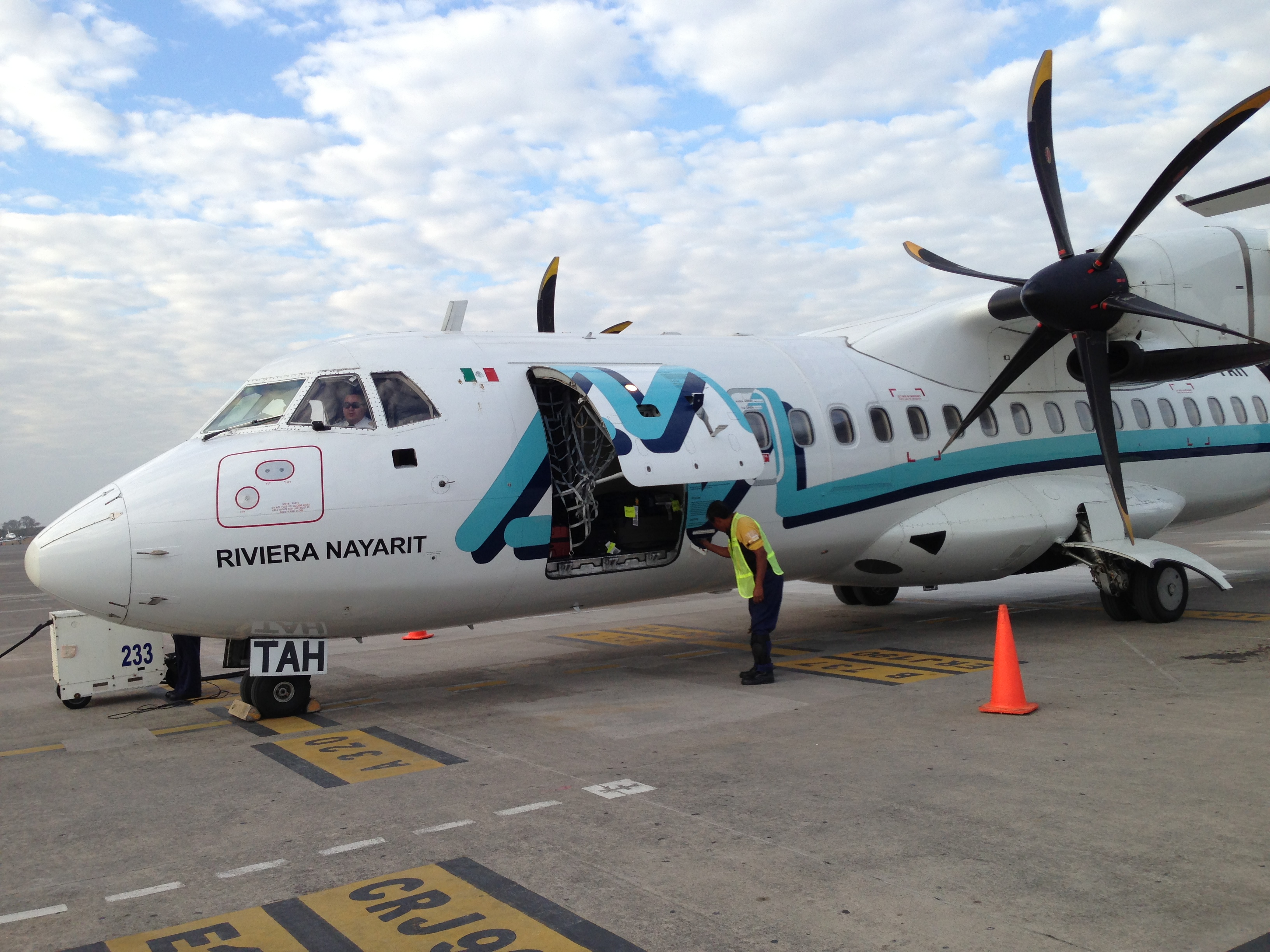 Aeromar está en quiebra técnica; pilotos quieren rescatarla