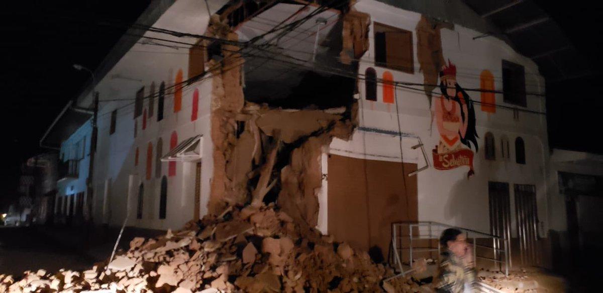 Terremoto de 8.0 grados sacude Perú
