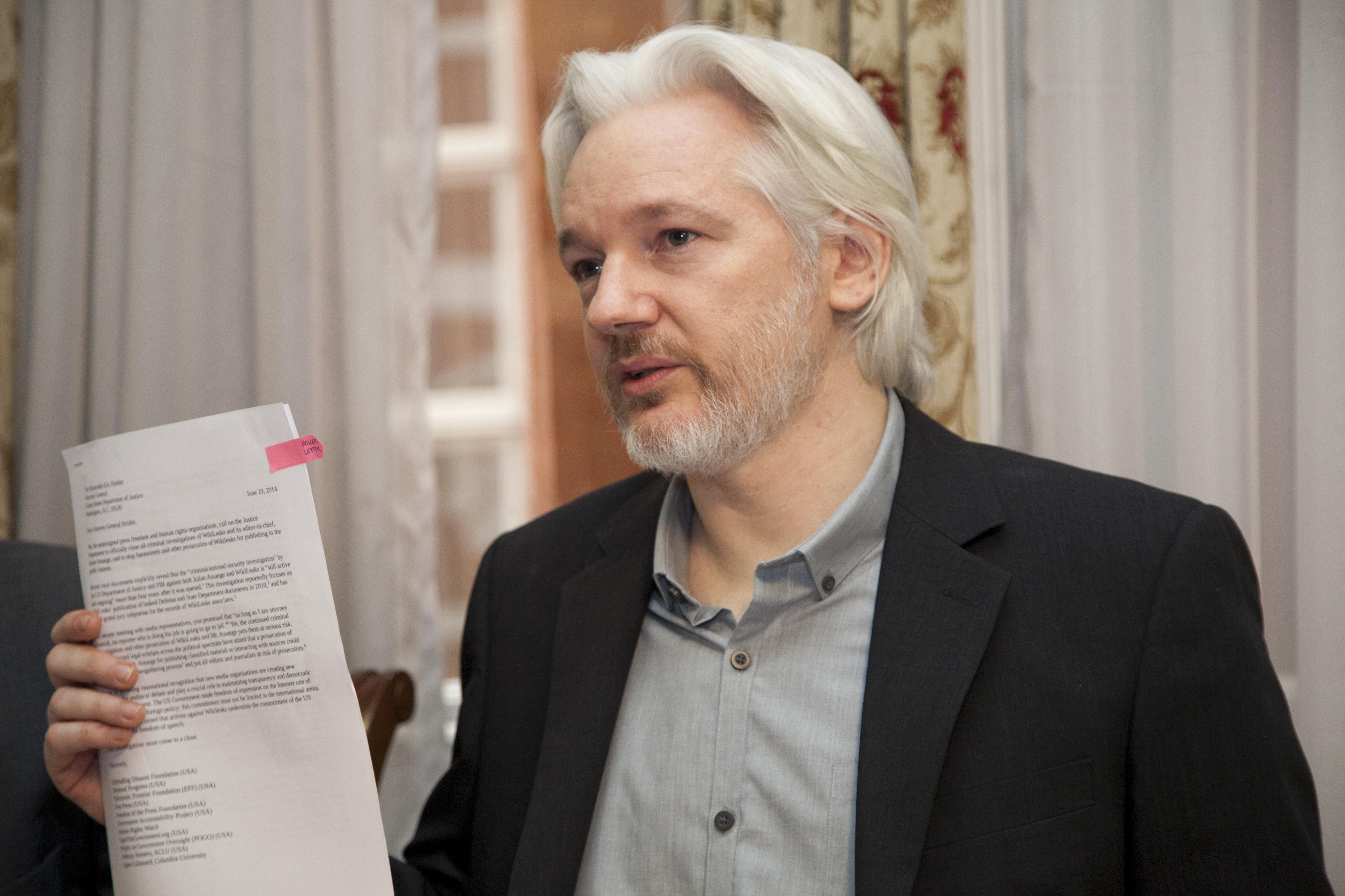 Solicita fiscalía de noruega la detención de Julian Assange por crímenes sexuales