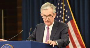 Powell prevé 'crecimiento moderado' para EU; persiste expectativa de otro recorte en la Fed