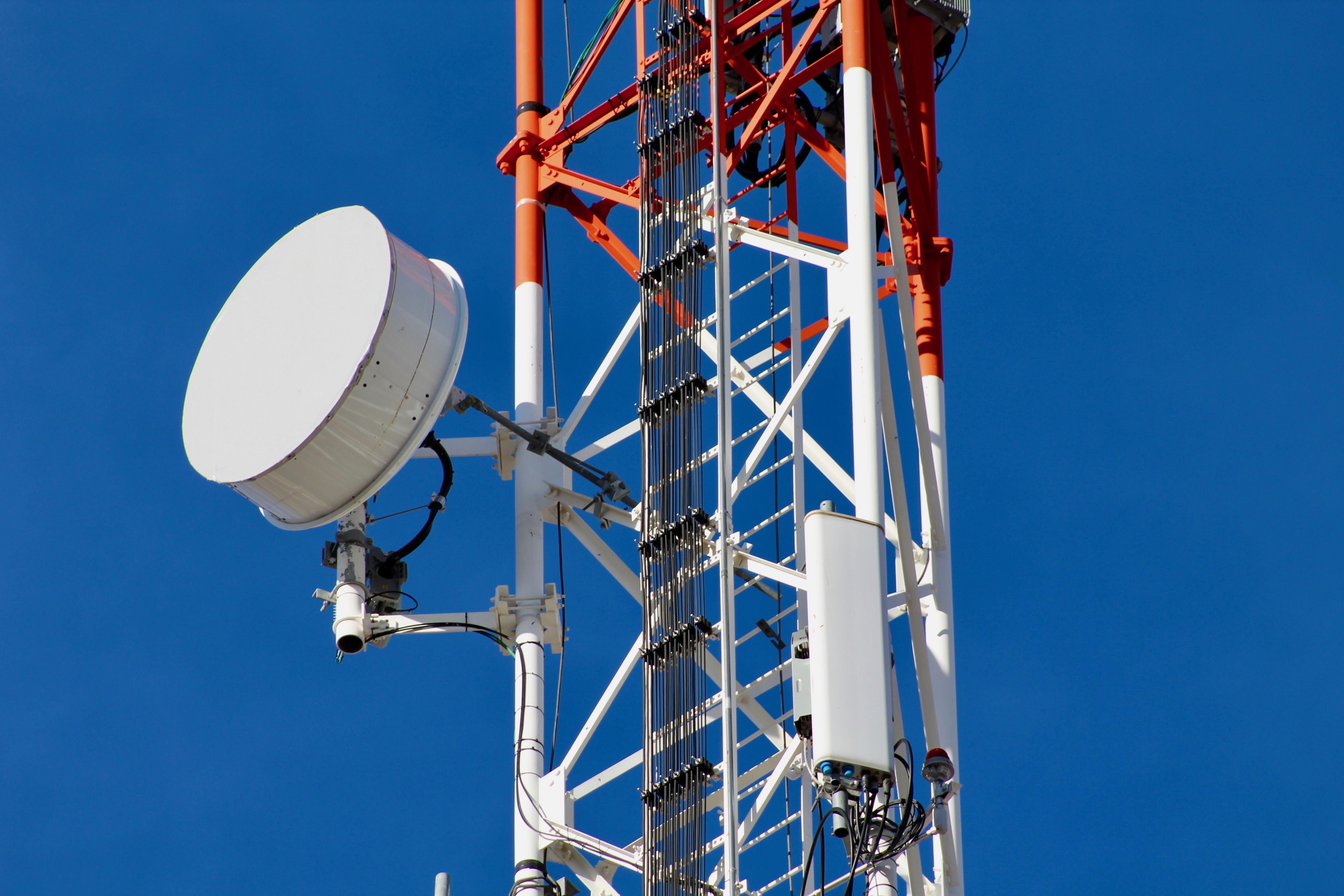 Falta mejorar regulación asimétrica en telecomunicaciones, apunta AT&T