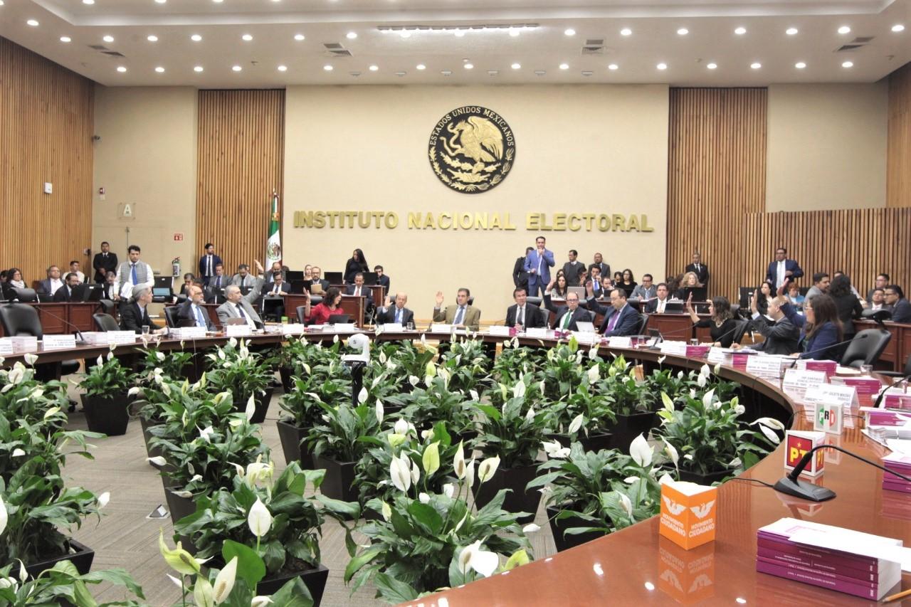 Multa INE a Morena por faltas a obligaciones de transparencia