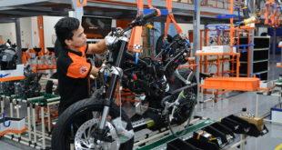 Modera actividad industrial tendencia a la baja; avanza 1.1% en junio