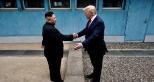 Sostienen Donald Trump y Kim Jong-un sorpresiva reunión
