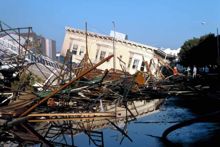 Declara California estado de emergencia tras segundo terremoto