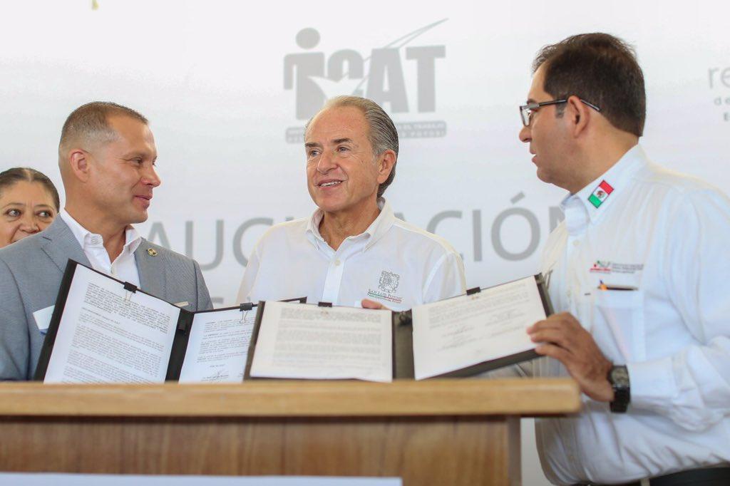 Inaugura gobierno de SLP laboratorio público de robótica más grande en América Latina