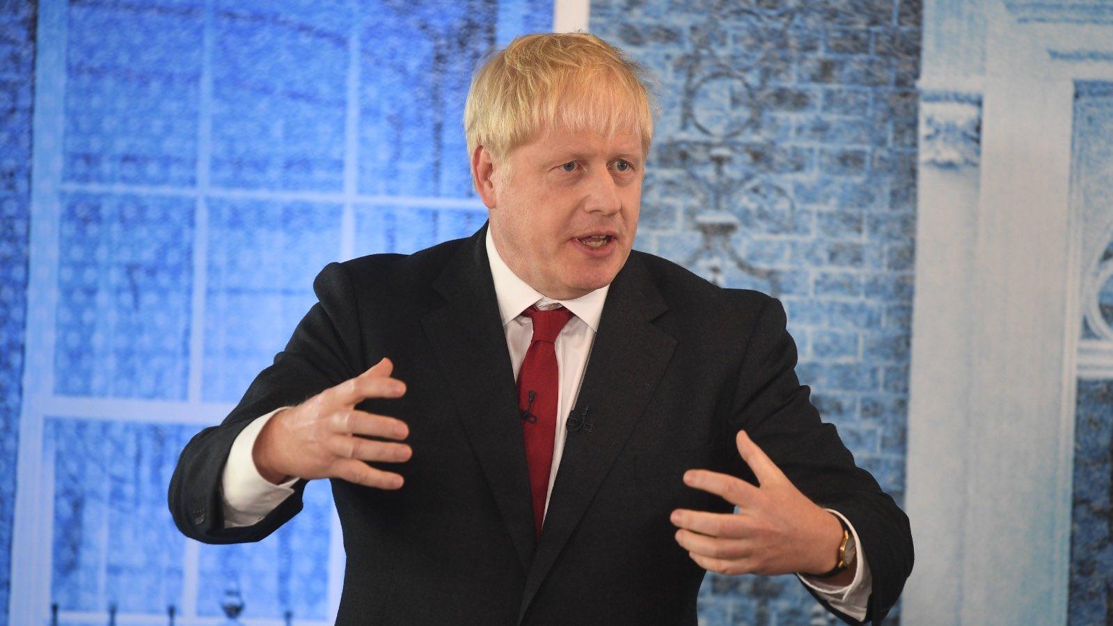 Ofrecerá Boris Johson alternativa para frontera irlandesa en acuerdo del Brexit