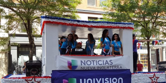 Contempla Univision opciones de venta