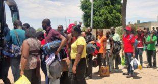 812 migrantes africanos obtienen amparo para salir de México