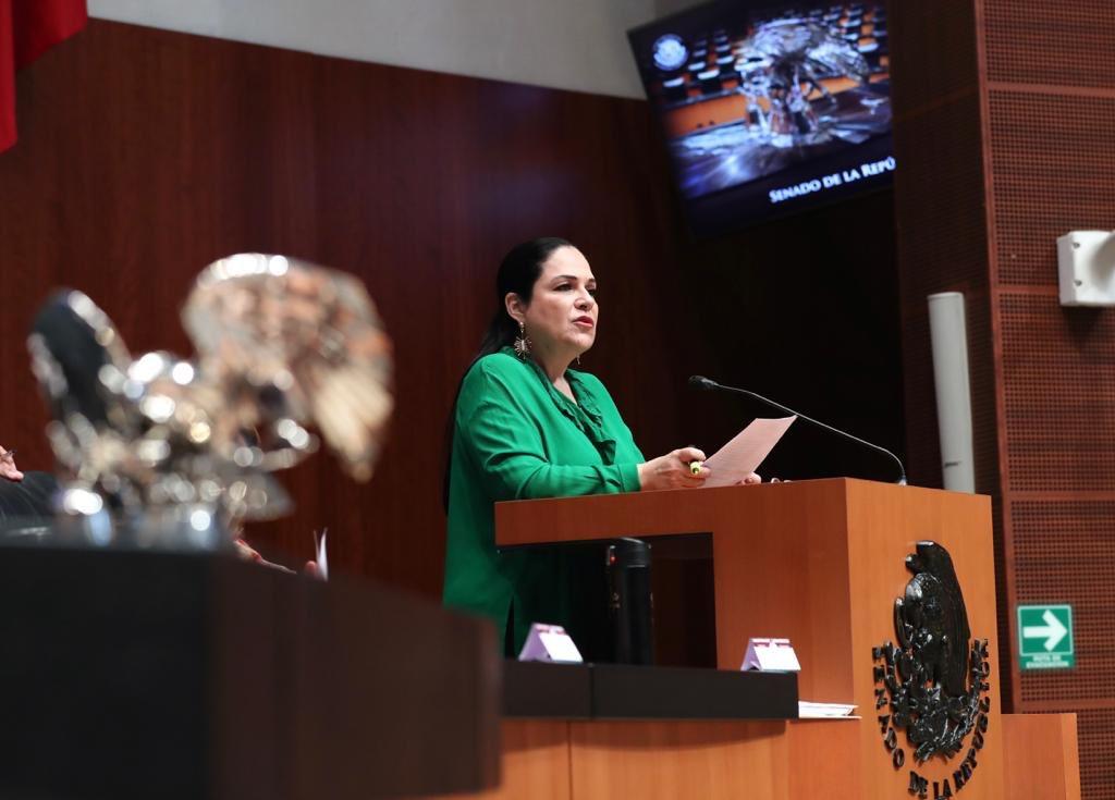 Elige Senado a Mónica Fernández como nueva presidenta; Martí Batres reclama resultados