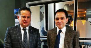 Visita Arturo Herrera UIF para revisar casos relevantes de corrupción
