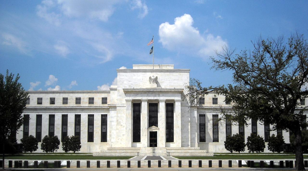Tres funcionarios regionales de la Fed se oponen a más recortes de tasas