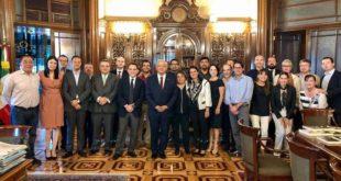 """AMLO """"les cae"""" de sorpresa en la Secretaría de Hacienda, presupuesto"""
