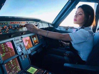 Investiga Interjet a copiloto que propuso lanzar una bomba en el Zócalo