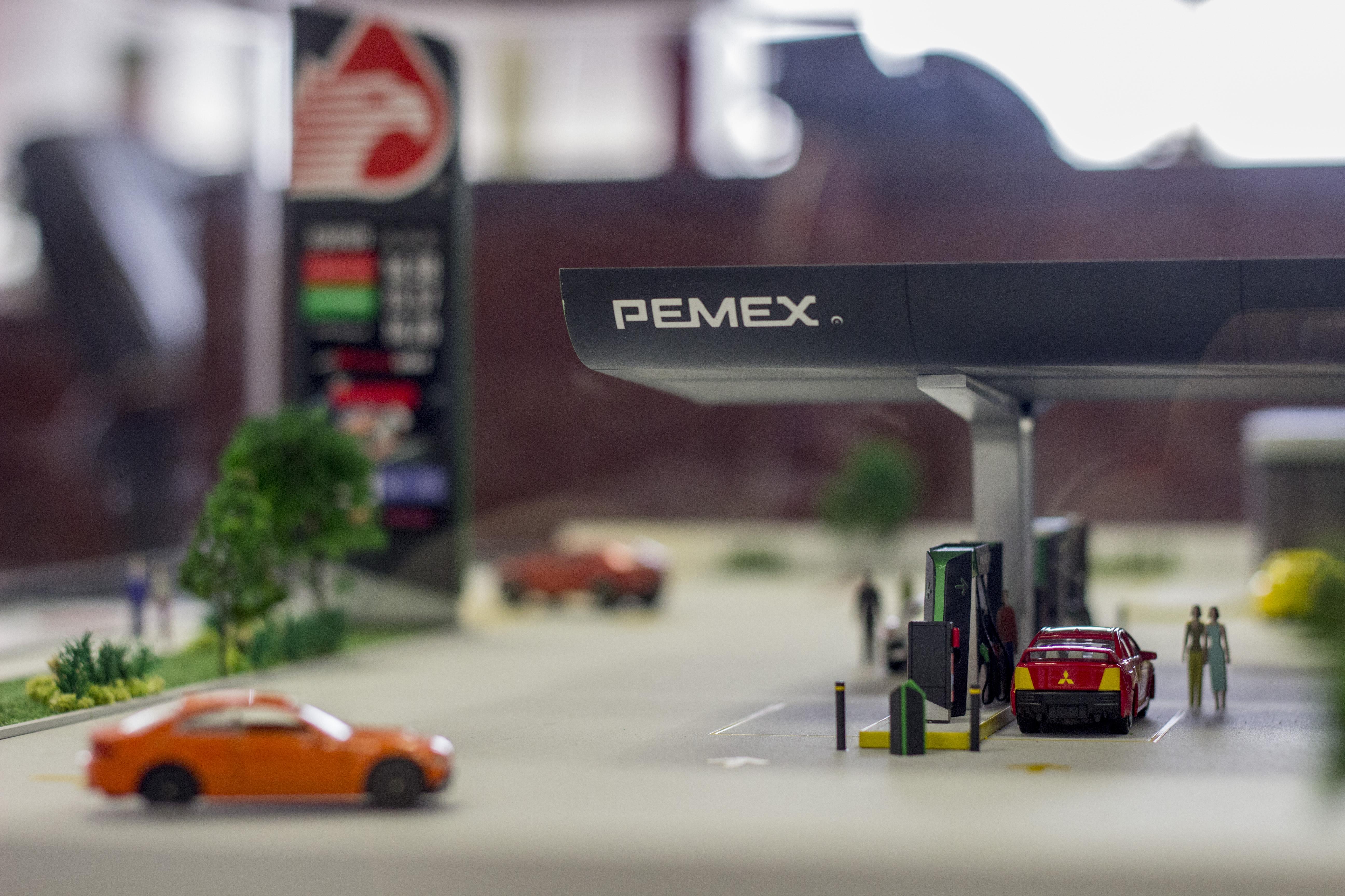 Pemex, gasolina, Cofece, Recorta Hacienda estímulo fiscal a gasolinas Magna y diésel