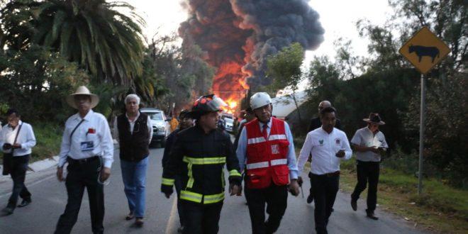Se incendia oleoducto de Pemex en Hidalgo