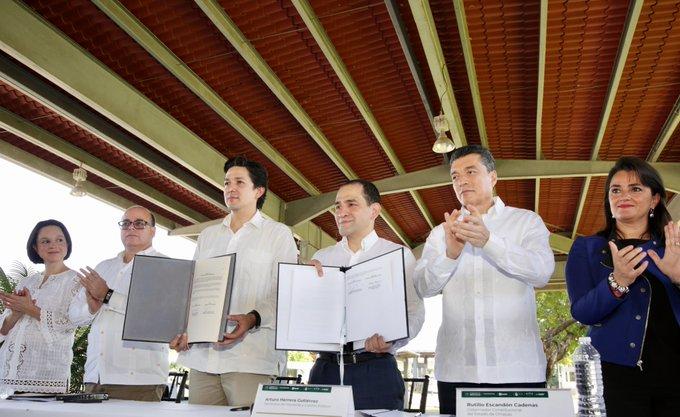 Firman México y Guatemala acuerdo para agilizar el intercambio comercial