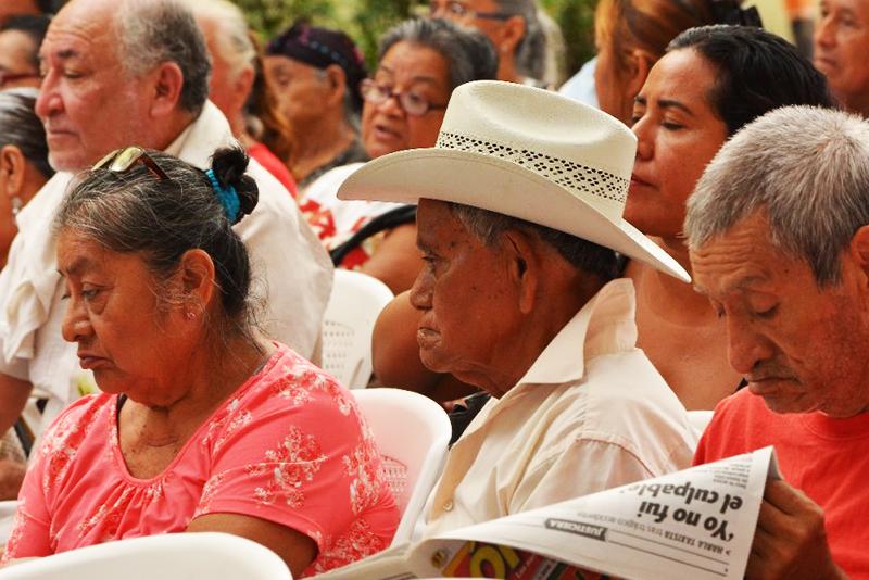Diputados reciben iniciativa de AMLO para que becas y pensiones sean derecho, crisis económica, población