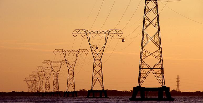 Protesta Concamin contra intento de CFE por monopolizar sector eléctrico, plan energético, reforma
