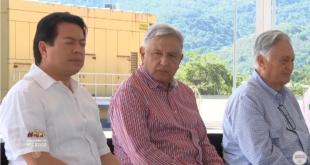 """AMLO manda """"al carajo"""" a líderes sindicales petroleros"""