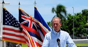 Renuncia CEO de Boeing tras crisis por el 737 MAX