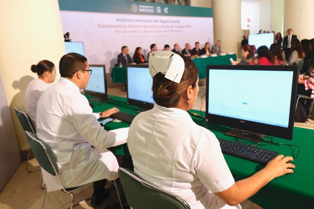 Se busca personal médico: IMSS lanza convocatoria para cubrir más de 10 mil plazas