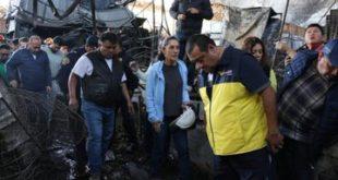 Garantiza Sheinbaum apoyo a locatarios afectados por incendio en La Merced