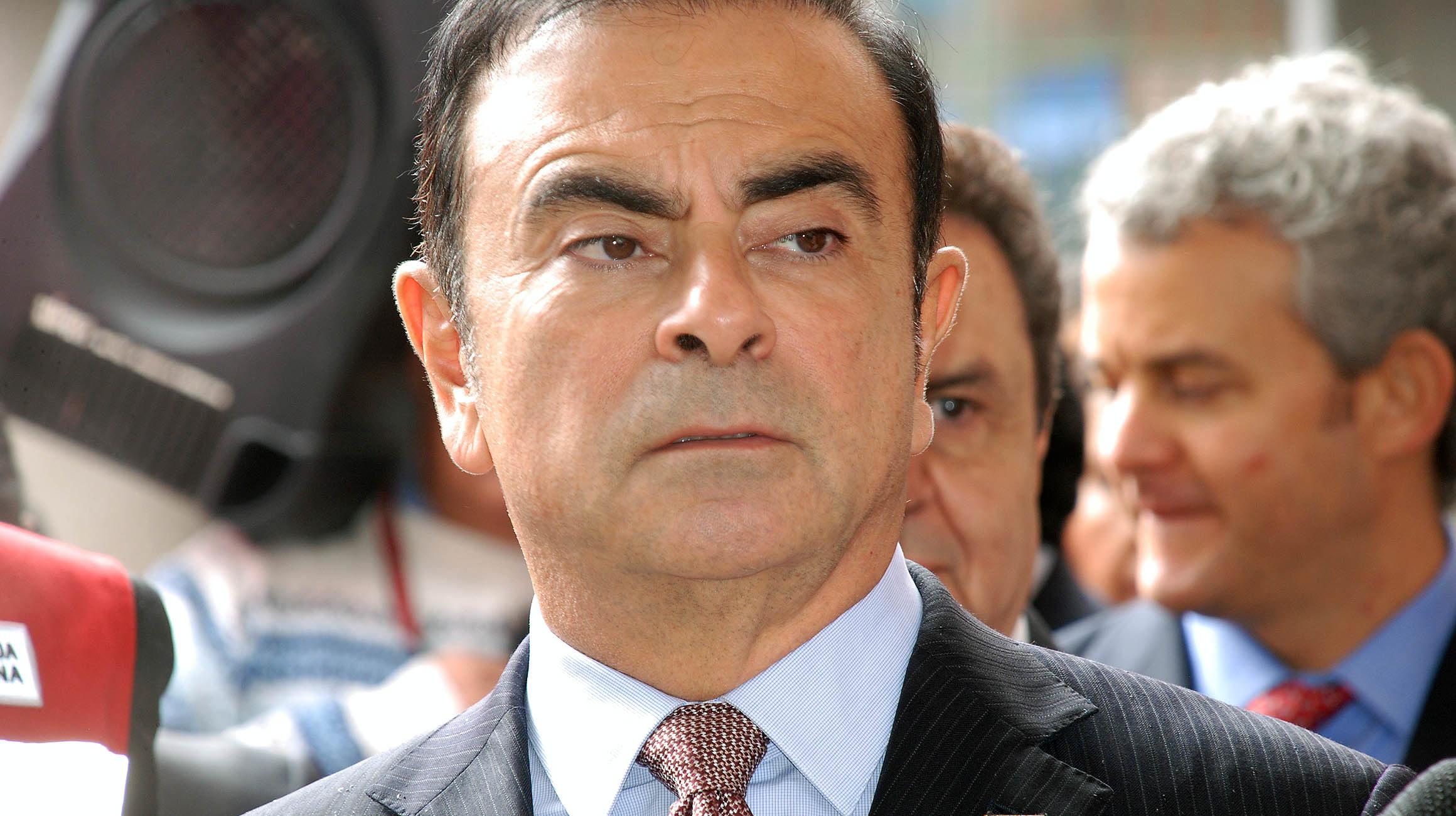 Acusa Carlos Ghosn a Nissan de haber conspirado en su contra
