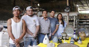 Habrá 'aumento' para becarios de Jóvenes Construyendo el Futuro, dice AMLO