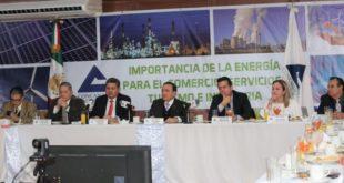 Empresarios exigen al Gobierno bajar costos de energía y garantizar abasto
