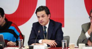 """Sistema de pensiones requiere """"varias reformas"""": Zoé Robledo"""