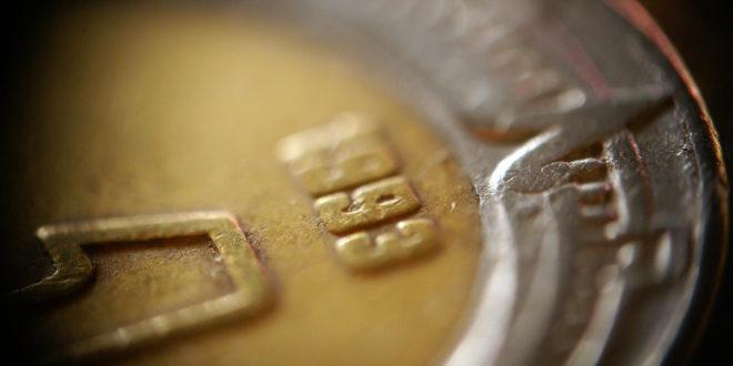 fideicomisos, peso, tipo de cambio, Banco BASE, Consejo Fiscal, deuda, BBVA