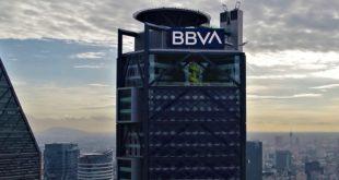 BBVA dona 470 mdp para compra de material y equipo médico