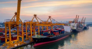 Semar hará limpia de corrupción en puertos, avisa AMLO
