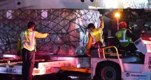Llegan 2 millones de mascarillas a México desde China