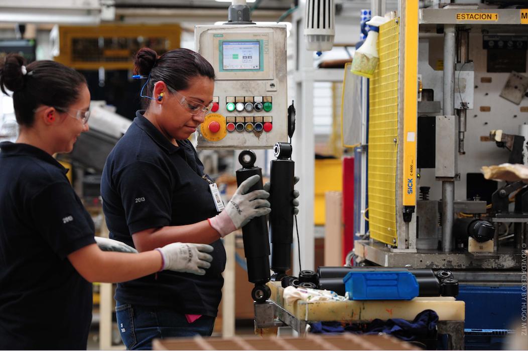 OCDE, IGAE, Actividad económica retrocede 2.6% en marzo