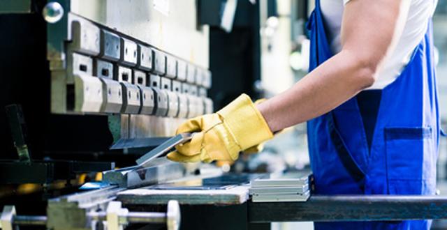 Desempleo brinca hasta 4.7% en abril