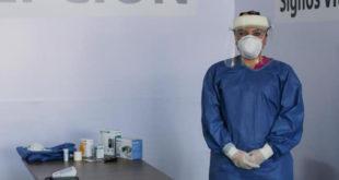 Gobierno de SLP ha contratado a más de mil 800 médicos para atender pandemia de COVID-19