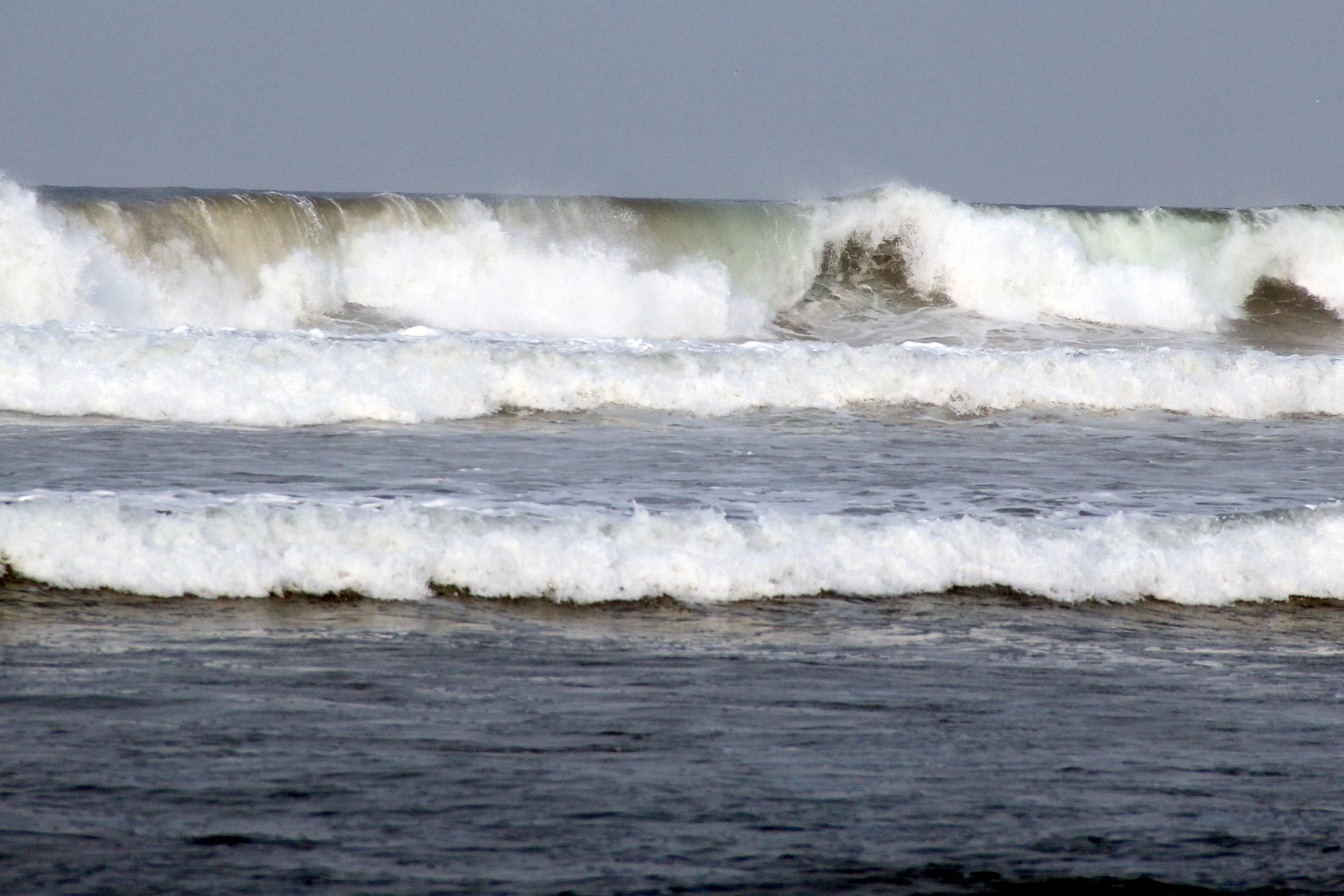 Alertan por posible tsunami en costas de Oaxaca, Chiapas y Guerrero
