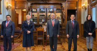 Subsecretaria de Gobernación y director de Banco del Bienestar intercambian puestos