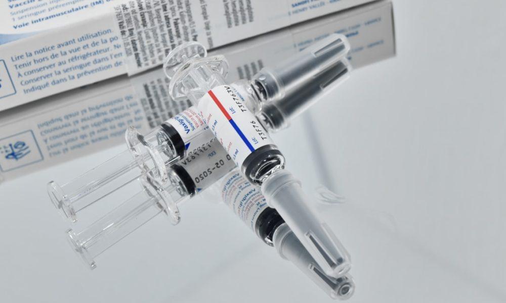 AstraZeneca, Moderna, vacunas, Gobierno tiene hasta 100 mil mdp en bolsa para comprar vacuna contra COVID-19, asevera AMLO, vacuna