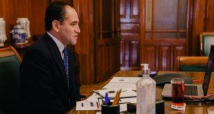 Recuperación económica requiere de 'empujoncito' de la IP: Arturo Herrera