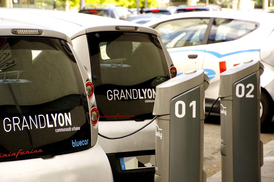 Coches y camiones eléctricos quedarán exentos de aranceles: SE