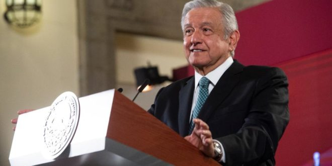 Si no se consiguen firmas, AMLO pedirá al Senado consulta contra ex-presidentes