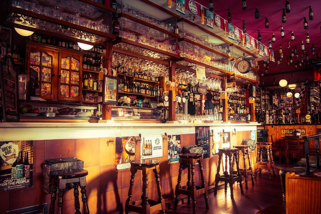 Realizará CDMX operativos para sancionar a bares abiertos en pandemia, bares