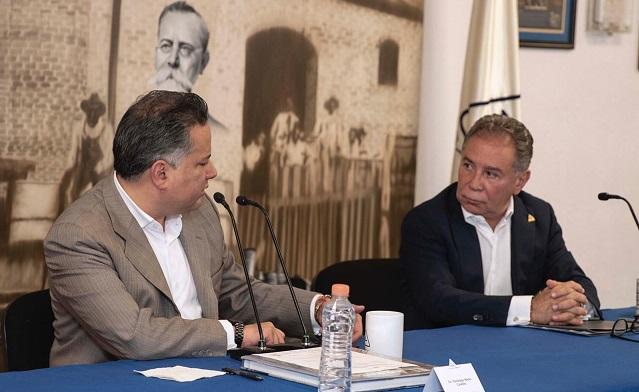 Santiago Nieto y Arturo Reyes / @CAAAREM