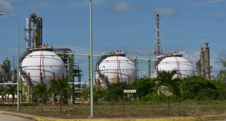 Sector energético recibirá una tercera parte de la inversión en plan de infraestructura