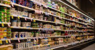 Industria láctea está preocupada por suspensión de venta a quesos y yogurt, dice CCE a Profeco