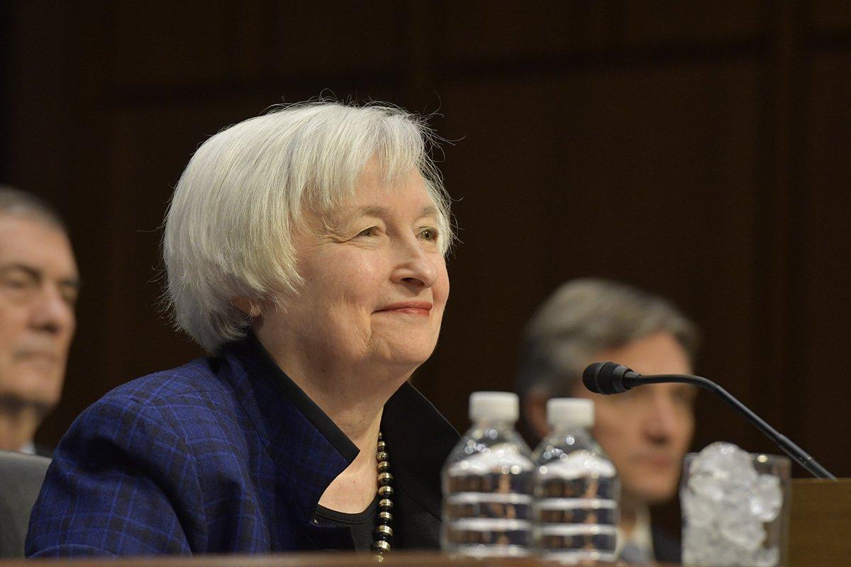 Es oficial; Biden nomina a Janet Yellen como secretaria del Tesoro de EU. impuesto