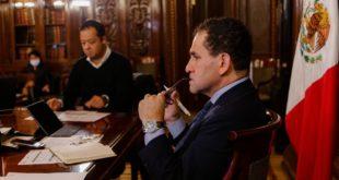 Vacuna anti-COVID traerá retos logísticos, señala Arturo Herrera